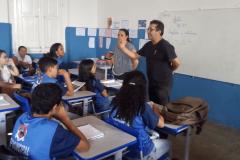 Prefeitura de Umbuzeiro inicia a entrega de fardamento escolar para alunos da rede municipal